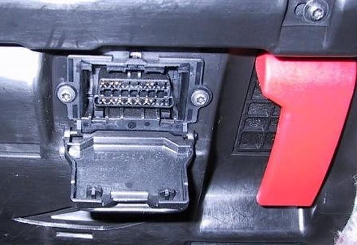 Ask the mechanic mercedes diagnostic socket location for Mercedes benz oil change near me