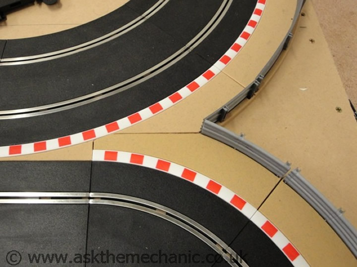 cutting-borders-scalextric