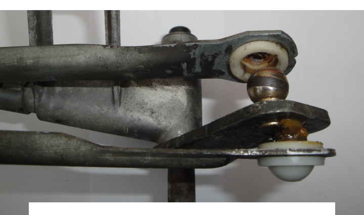 Worn Wiper Linkage