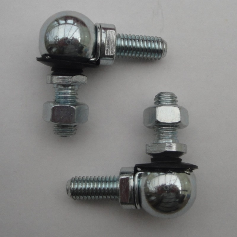 Male 13mm ball & socket joint M8 Right Hand Thread