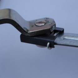 Nissan wiper linkage repair channel